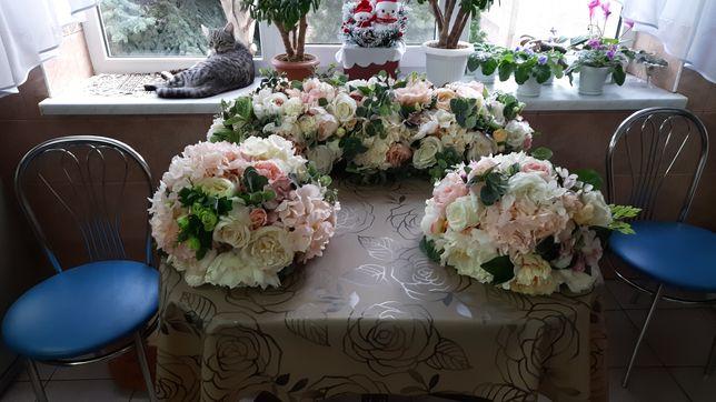 Цветочная  композиция для свадебного стола из качественных цветов