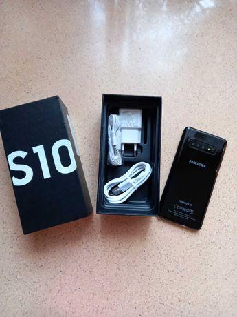 Продам смартфон Samsung Galaxy S-10