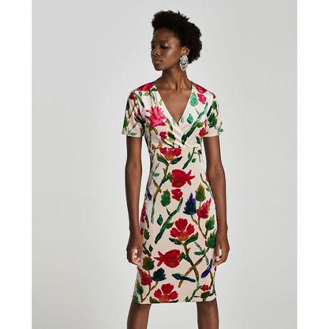 Aksamitna sukienka w kwiaty, roz. S, Zara