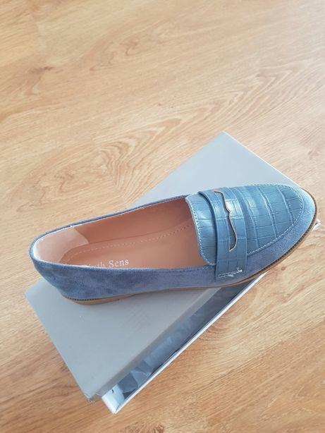 Mokasyny niebieskie kolor jeansowy:) 39