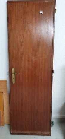 Porta de interior 197,5cm×64,5cm