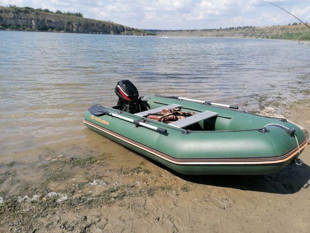 Лодка килевая330, Моторна  merkury 15