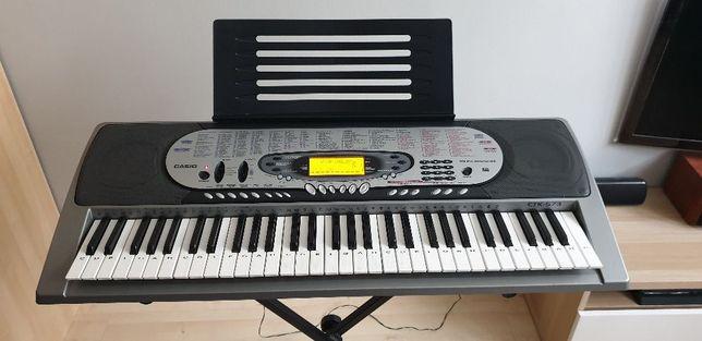 Keyboard Casio z dynamiczną klawiaturą MIDI 5 oktaw statyw