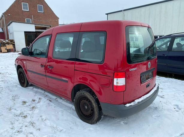 VW Caddy USZKODZONY lekko benzyna