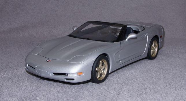 Chevrolet Corvette 1998 - UT Models 1:18 Welly AUTOart