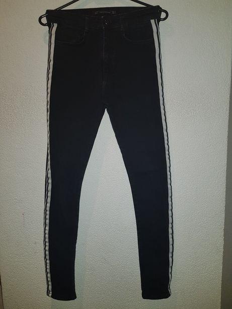 Spodnie czarne jeansy dżinsy Zara Trafaluc34.Wysoki stan,lampas,skinny