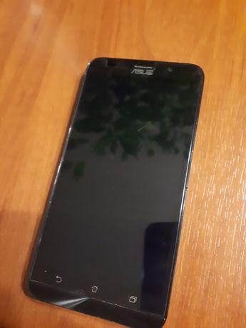 Smartfon Asus Zenfone 2