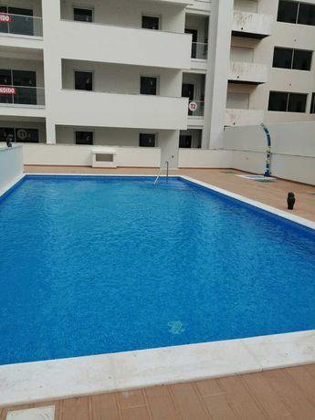 Apartamentos novos T1, 100 m Praia, Armação de Pera