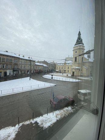 Продається квартира в австрійському будинку по вул. Леонтовича