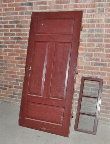 Drzwi wejściowe stare drewniane klamki mosiężne PRL