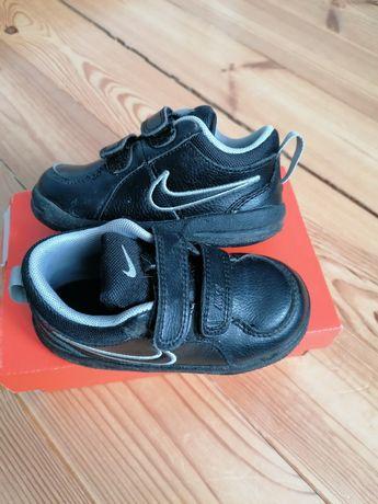Czarne buty Nike Pico 4