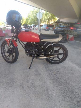 Dia Sachs motozax  1982