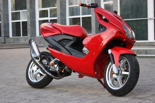 Ремонт скутерів, мотоциклів, велосипедів