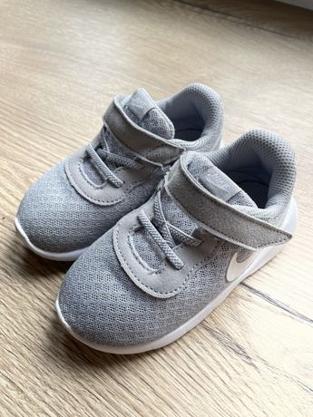 Nike tanjun buty dziecięce