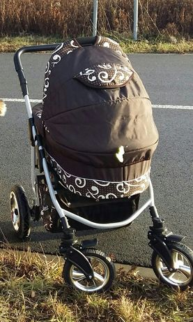 Wózek dziecięcy 3w1 ( gondola, spacerówka i fotelik)