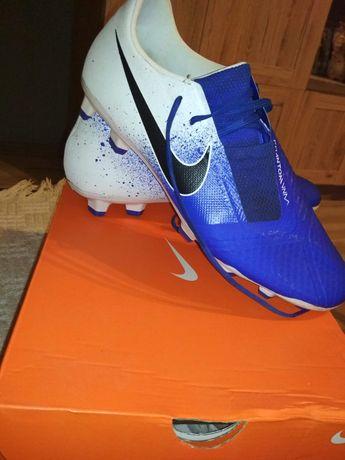 KorkI Nike Phantom