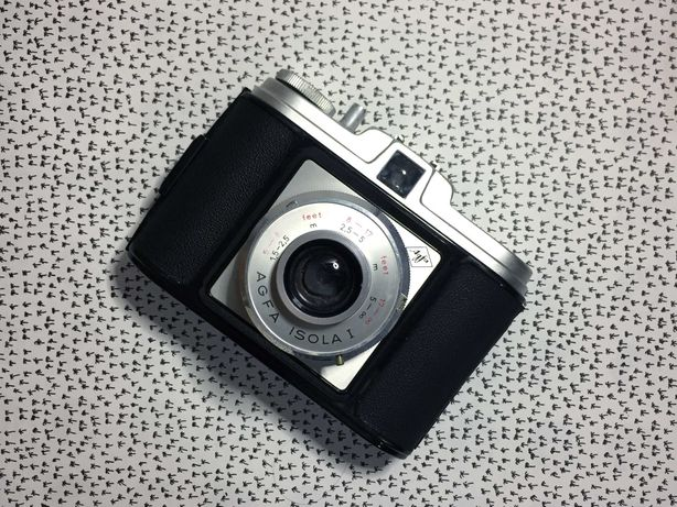 Agfa Isola I — câmera fotográfica vintage analógica