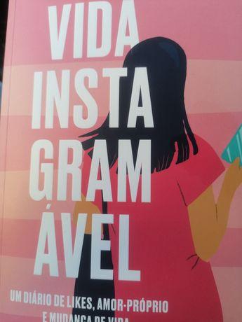 """Livro """"Vida Instagramável""""."""