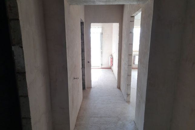 Продаж 1 кімнатної квартири в здані секції