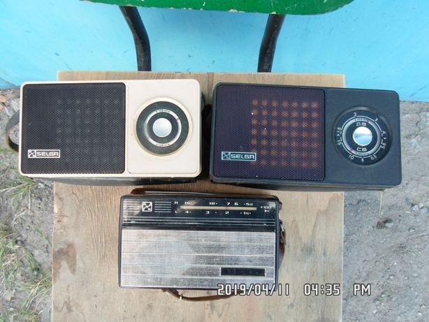 Продам радиоприемник ретро Селга