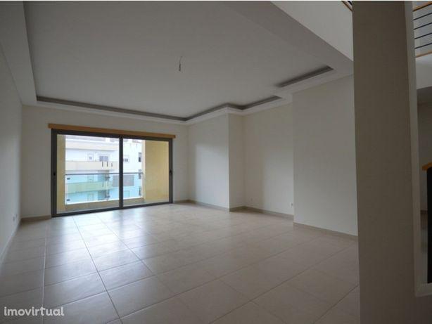 Duplex com 2 quartos para venda, Lagos