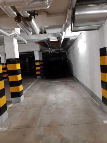 Miejsce parkingowe w garażu podziemnym Pomorzany