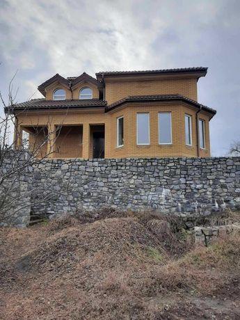 Шикарный  новый дом с выходом к водоему