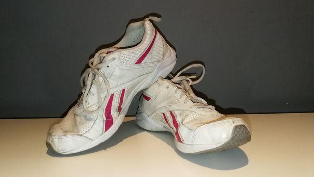 Buty sportowe Reebok w rozmiarze 40