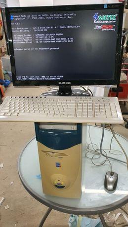 Pentium 4 1.8ghz komputer z epoki sprawny