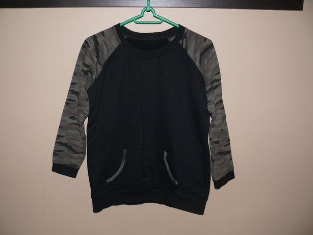 Czarna bluza kangurka Moro r. 158 stan bdb