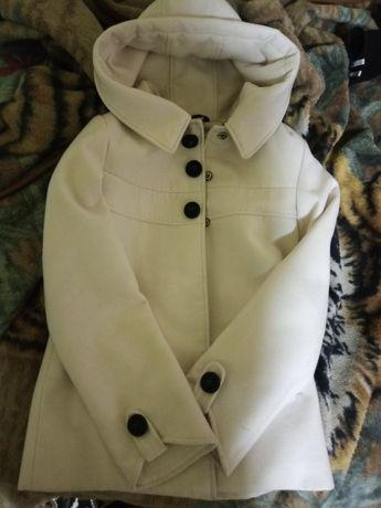 Осеннье-весенье белое пальто