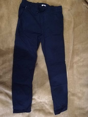 Spodnie dla chłopca 158