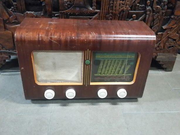 Stare radio Gastor 526.