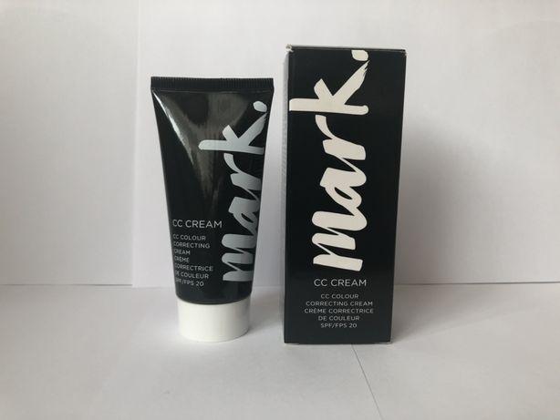 Korektor Avon Mark CC cream Nude
