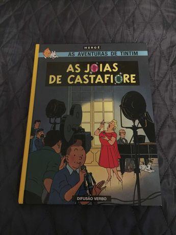 """Livro """"Tintin - As Jóias de Castafiore"""""""