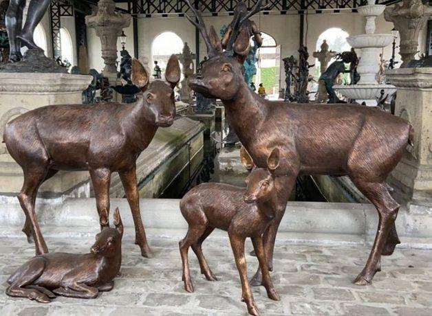 Estátuas de bronze - Veados- 4pcs - em excelentes condições.
