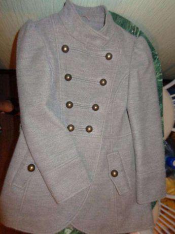 Пальто для девочки на 9-10лет