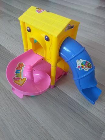 Plac zabaw dla lalek