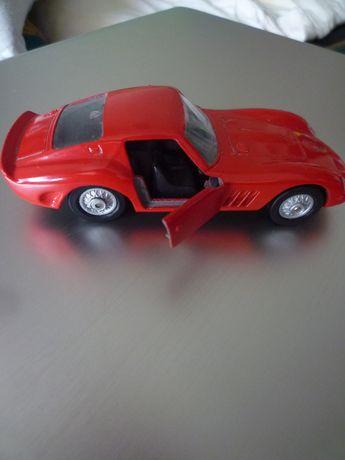 Ferrari 250 GTO Maisto miniatura escala 1/38 Comprimento ; 12 cm. Muit
