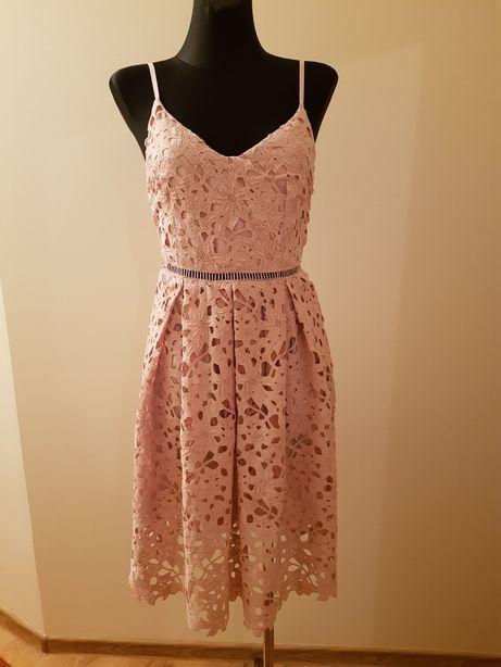 Sprzedam sukienkę Top Secret 34