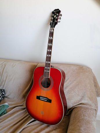 Guitarra acústica Epiphone Hummingbird
