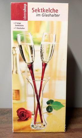 Wysokie kieliszki do szampana wesele dla pary młodej