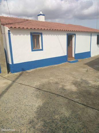 Moradia T1 Venda em São Miguel do Pinheiro, São Pedro de Solis e São S