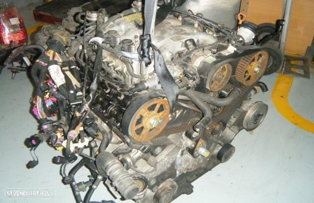 Motor Audi A8 3.3Tdi quattro Biturbo 2002 Ref: AKF