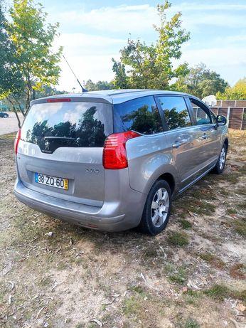 Peugeot 5008 1.6 BlueHdi 7 lugares 2016 impecável