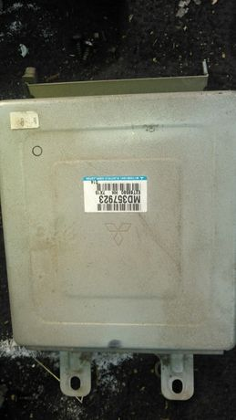 Продам блок управления двигателем на мицубиши каризма 1997 год