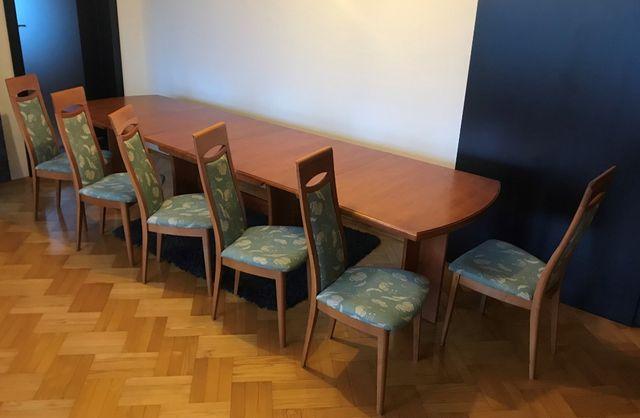 Stół drewniany, rozkładany, stabilny + 6 krzeseł. Możliwy transport.