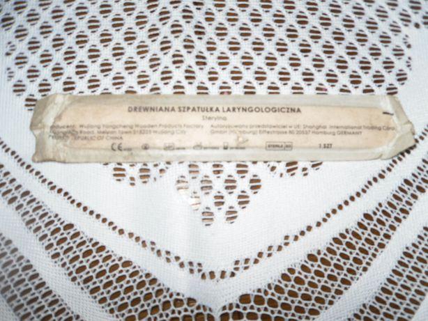 drewniana szpatułka laryngologiczna