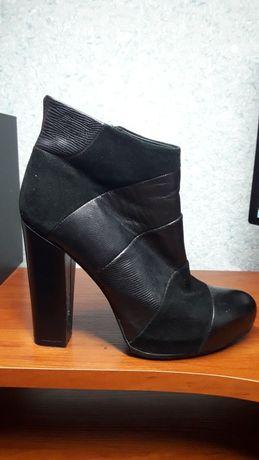 Взуття жіноче 36 розмір