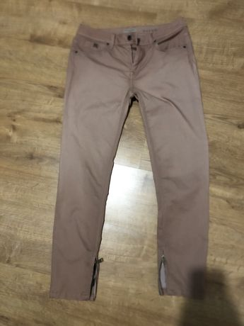 Burberry spodnie pudrowy roz 31L